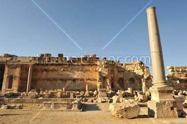 ancient Roman temple